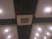 К чему приводит экономия на монтаже подвесного потолка Армстронг